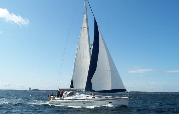 romantische-segeltoerns-rostock-warnemuende-hanse-sail-segeln