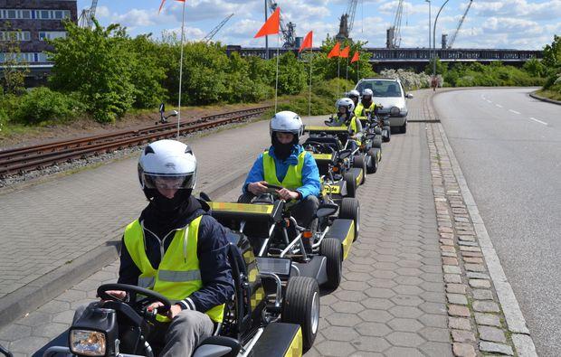 aussergewoehnliche-stadtrundfahrt-hamburg-kartfahren