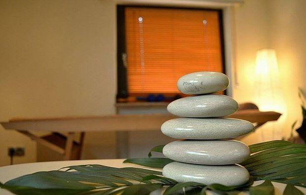 after-work-relaxing-eppelheim-hot-stone
