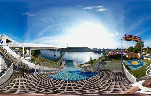 waterramp-wien-himmel