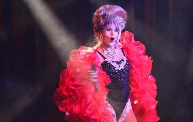 travestie-show-bad-endorf-bg3