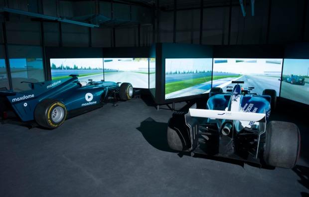 f1-rennsimulator-berlin-duell