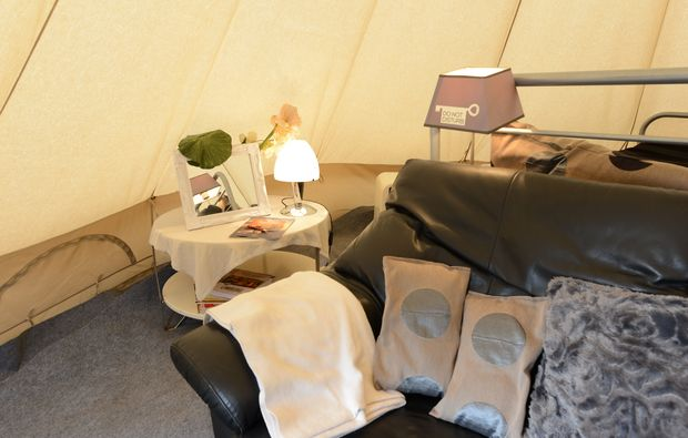 glamping-tipi-paal-zelt