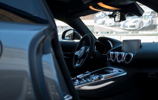 renntaxi-schoenwald-porsche-mercedes-cockpit