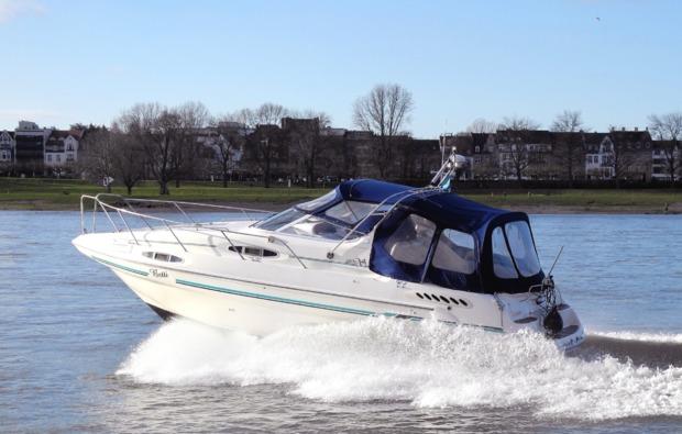 traumtag-duesseldorf-motorboot