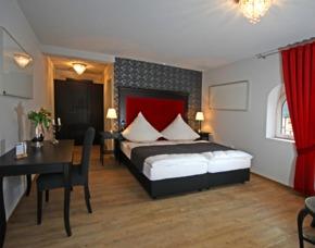 Familien-Kurzurlaub im Sauerland Landidyll Hotel Lindenhof - inkl. Frühstück und 3-Gänge-Menü