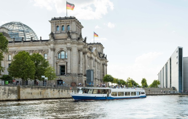 mini-kreuzfahrt-fuer-zwei-hamburg-berlin-bg4