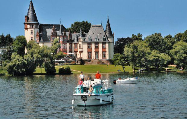 urlaub-auf-dem-hausboot-rechlin-mueritz