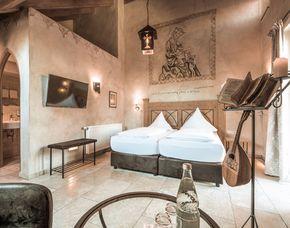 Außergewöhnlich Übernachten - Mittelalterliches Themenzimmer im mittelalterlichen Themenzimmer