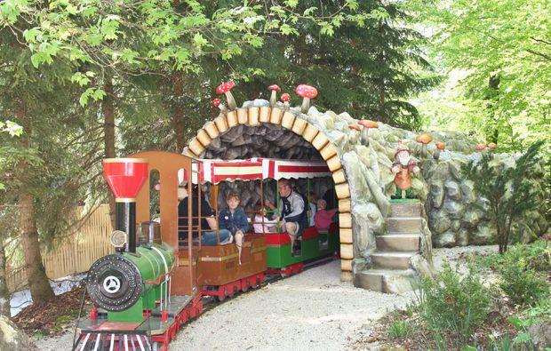 freizeitpark-sonnenbuehl-eisenbahn