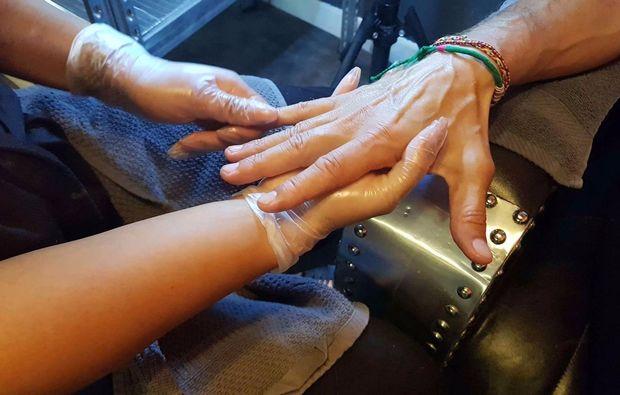 wellness-fuer-maenner-muenchen-handpflege