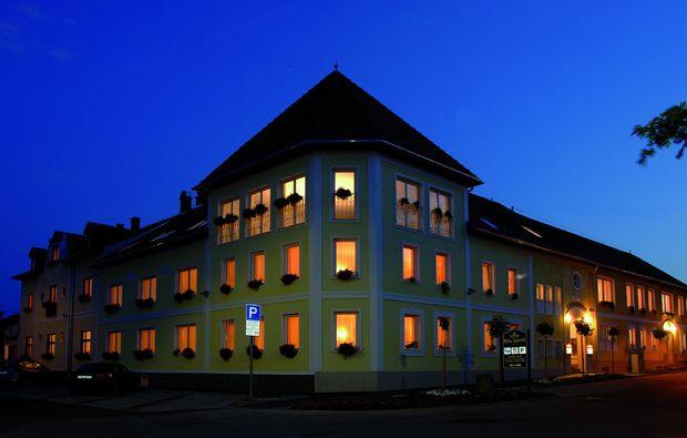 kurzurlaub-eger-hotel