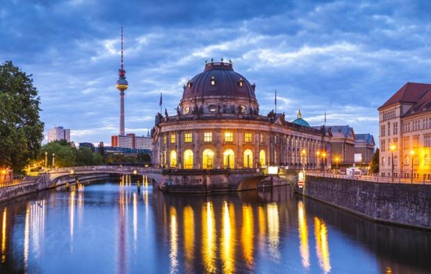 erlebnisreise-fernsehturm-berlin-ausflug