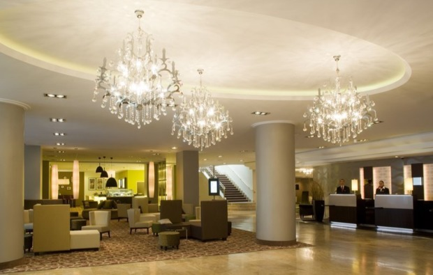 erlebnisreise-fernsehturm-berlin-lobby