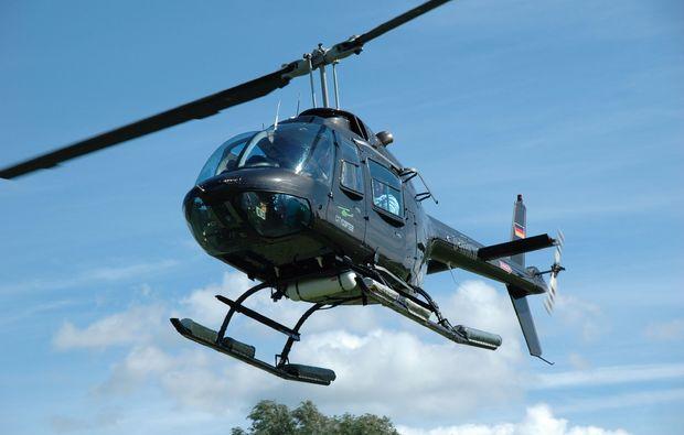 romantik-hubschrauber-rundflug-heist