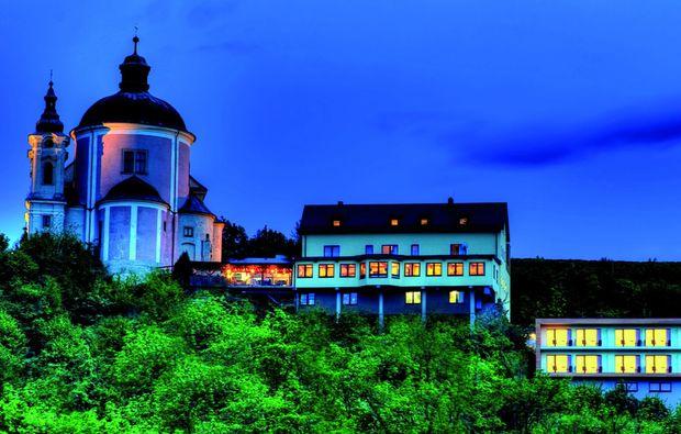 kurzurlaub-steyr-hotel-abend