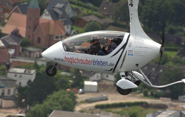 tragschrauber-rundflug-dahlem-wolken