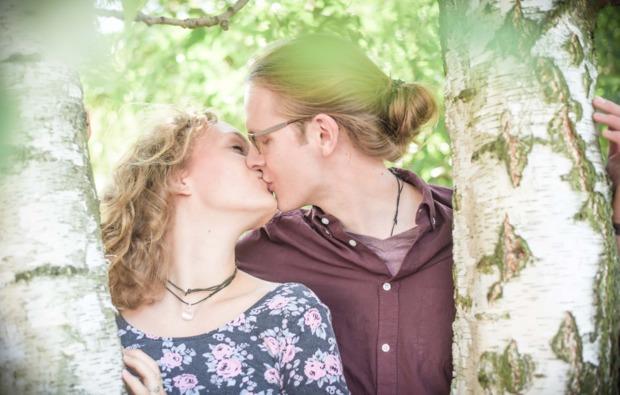partner-fotoshooting-dresden-kuss