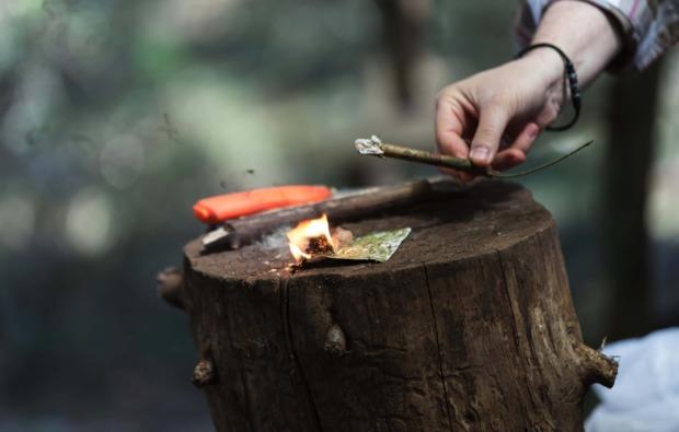 survival-training-marpingen-feuer-machen