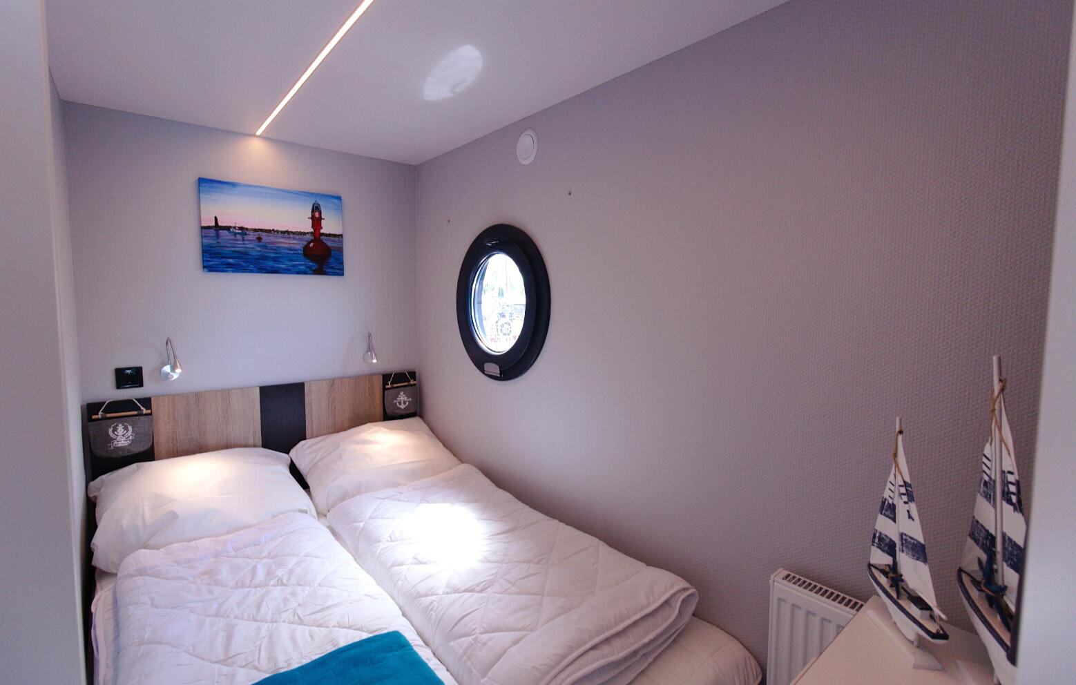 hausboot-kurzulaub-ohne-sauna-5-tage-4-uen-4-personen-bg1