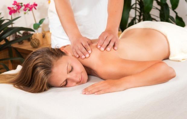 romantikwochenende-werder-massage