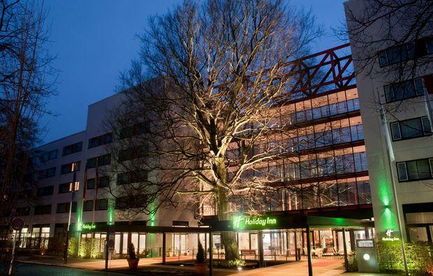 kulturreisen-berlin-nacht-exterior