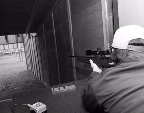 Spezialwaffenschießen - Garlstorf Schießtraining mit Pistolen, Gewehren - ca. 2 Stunden