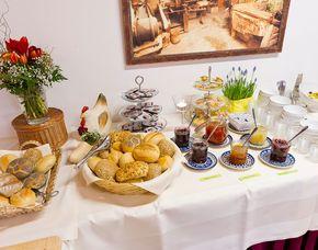 Frühstückszauber für Zwei - Kalkar Frühstücksbuffet inkl. Kaffee, Tee & Säfte