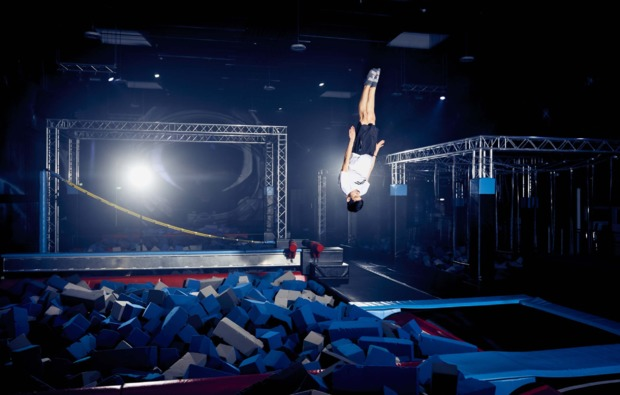 funsport-trampolin-hannover-action