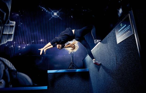 funsport-trampolin-hannover-salto