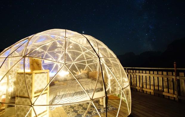 bubble-suite-uebernachtung-kleinwangen-bett