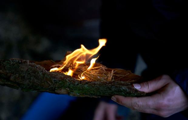 survival-training-albersdorf-feuer-machen