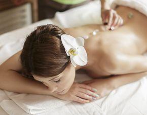 Edelsteinmassage 45 Minuten