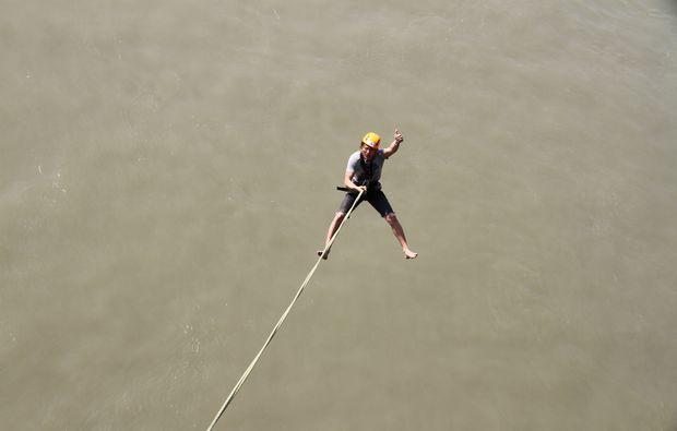 bungee-jumping-pezinok-adrenalin