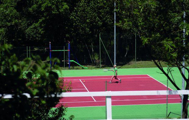 kurzurlaub-tempio-pausania-tennis