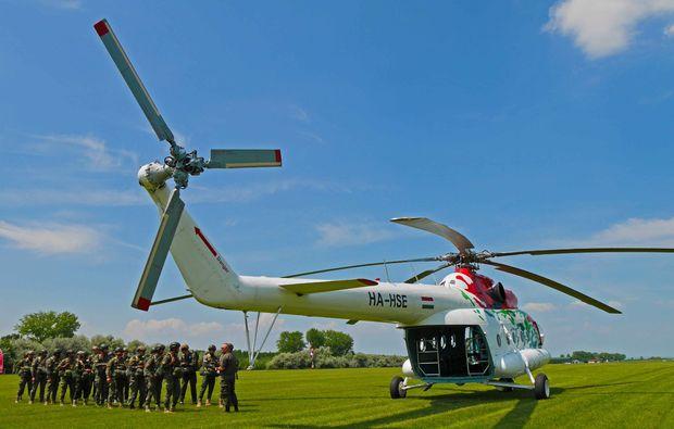 fallschirmsprung-kurs-siofok-hubschrauber