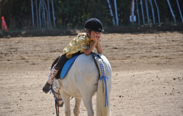 pferde-abenteuer-ernsgaden-kind