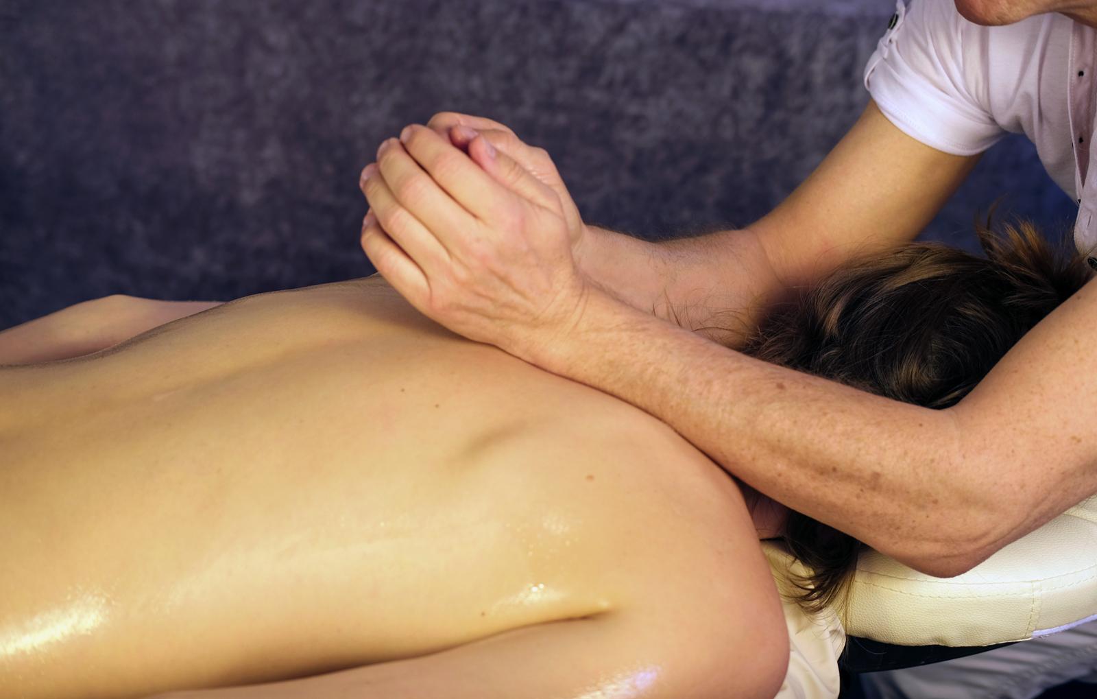 lomi-lomi-massage-eckental-bg3