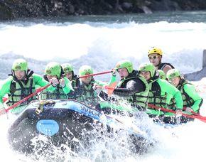 Rafting-Wochenende - inkl. 1 Übernachtung + 2 Raftingtouren Rafting Tour Imster Schlucht & Rafting Tour Ötztaler Ache inkl. 1 Übernachtung – 2 Tage