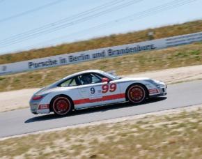 Renntaxi - Porsche 911 Carrera - 4 Runden (MD + JS) - Lausitzring - Klettwitz Porsche 911 Carrera - 4 Runden