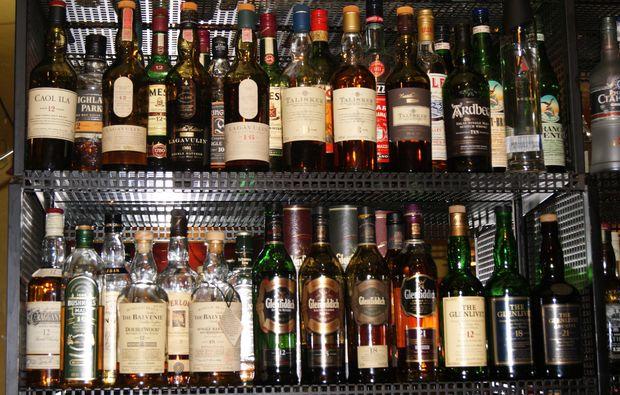 whisky-tasting-flaschen