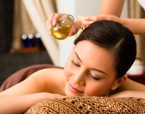 Wellness für Frauen Maniküre, Gesichtsbehandlung, Ganzkörpermassage