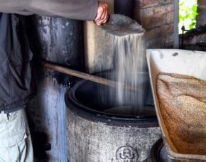 Historisches Bierbrauen in Schlüchtern-Elm Herstellung und Verkostung von Bier