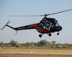 heli-helikopter-fliegen