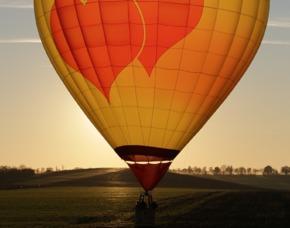 Romantische Ballonfahrt Bad Ne...