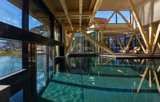wellness-wochenende-mals-pool