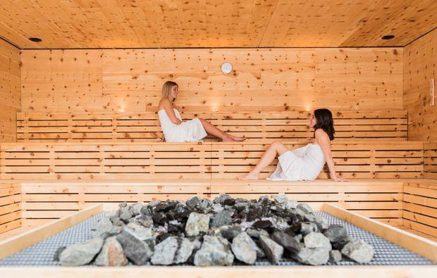 wellness-wochenende-mals-saunabereich