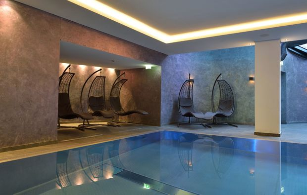 wellness-wochenende-zell-am-see-pool