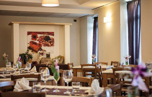 kurzurlaub-castel-del-piano-restaurant