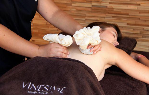 romantikwochenende-jouey-massage